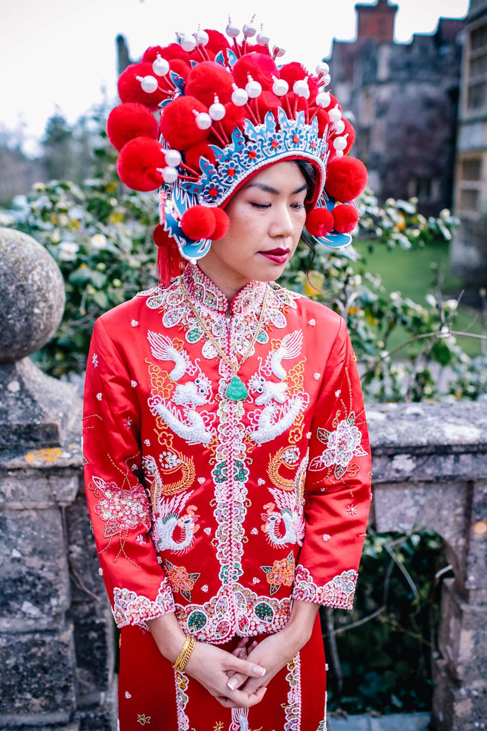 Chinese bride in traditional wedding outfit
