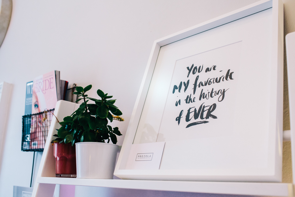 framed quote wedding inspiration
