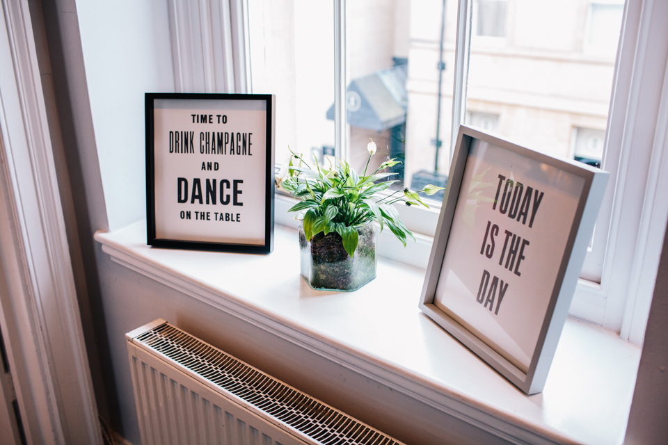 framed quotes wedding inspiration