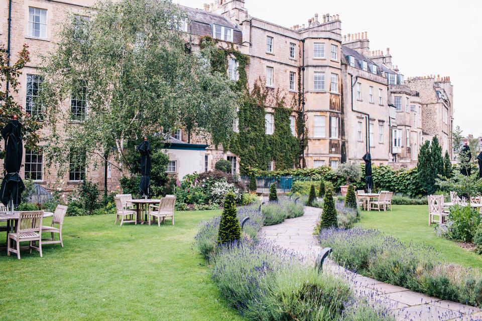 gardens at the royal crescent bath
