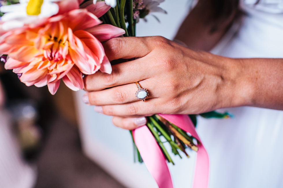 wedding jewellery that groom brought for bride